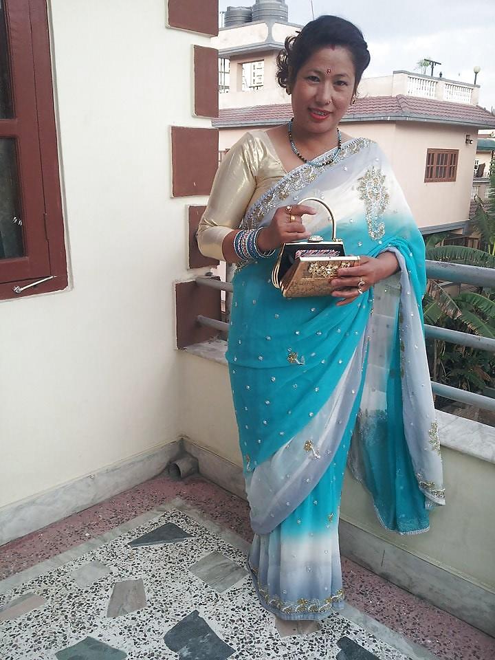 aunty Nepali hot photo sexy