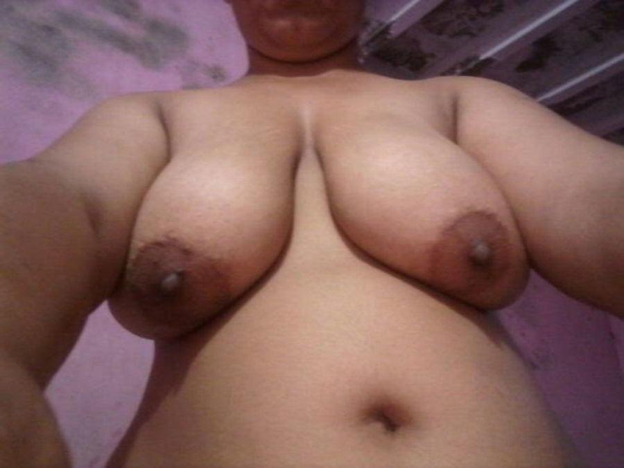 Mahie Gill naked Punjabi film full nude photos 7