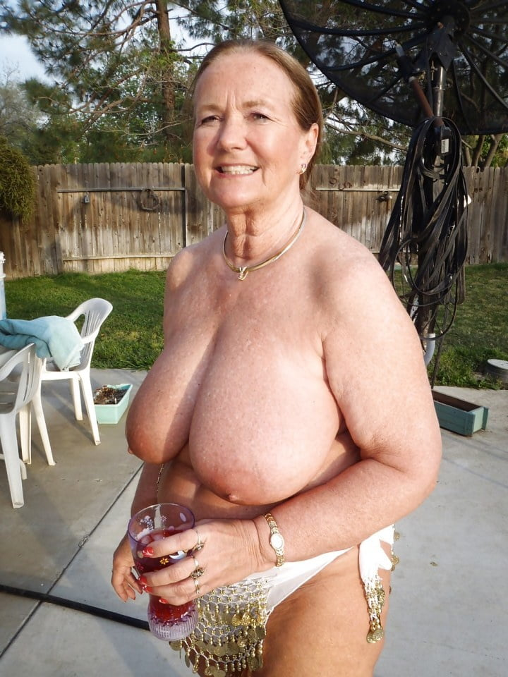 Porn sexy oma Oma Porn