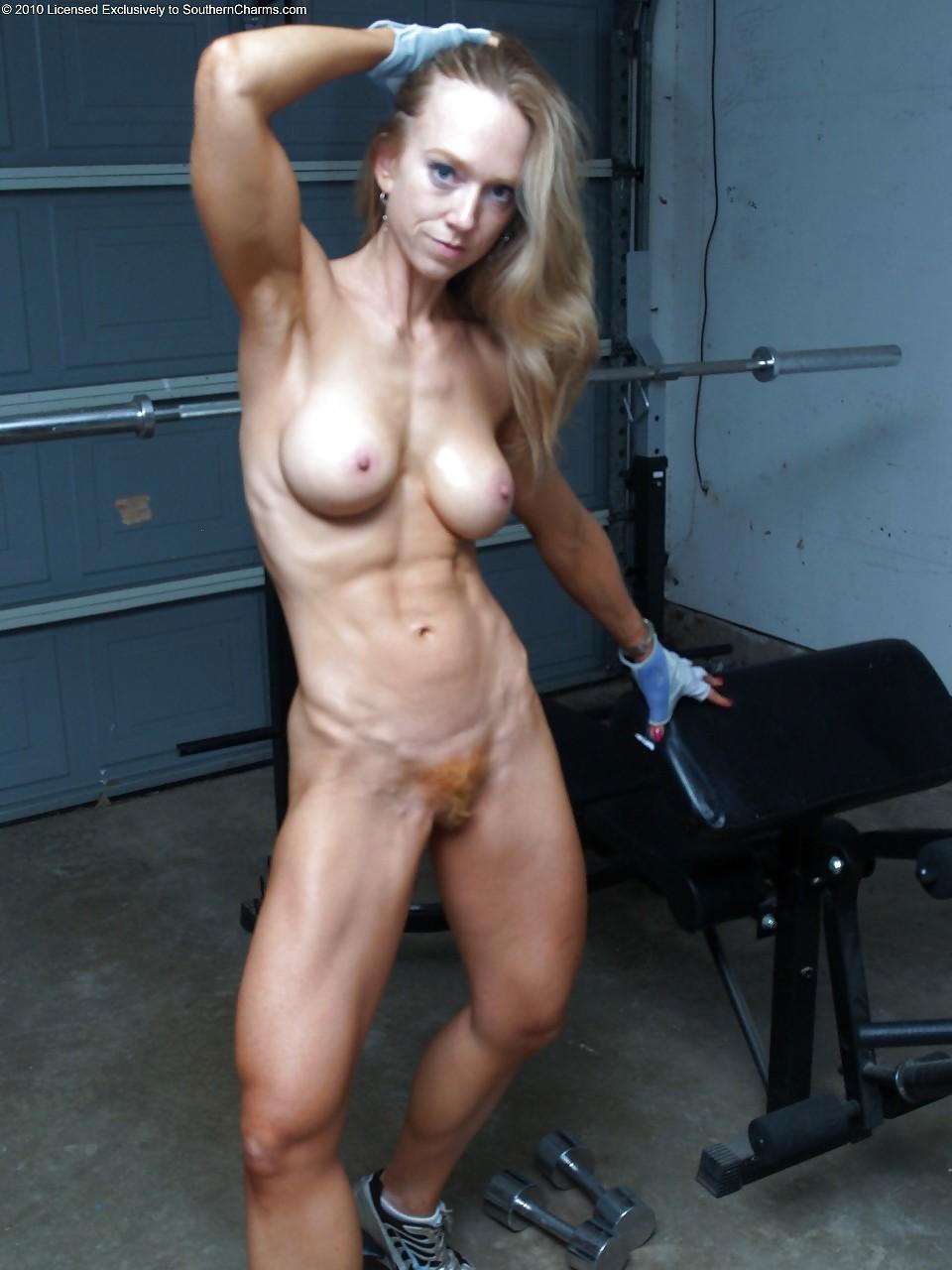 naked-fitness-amateur-women