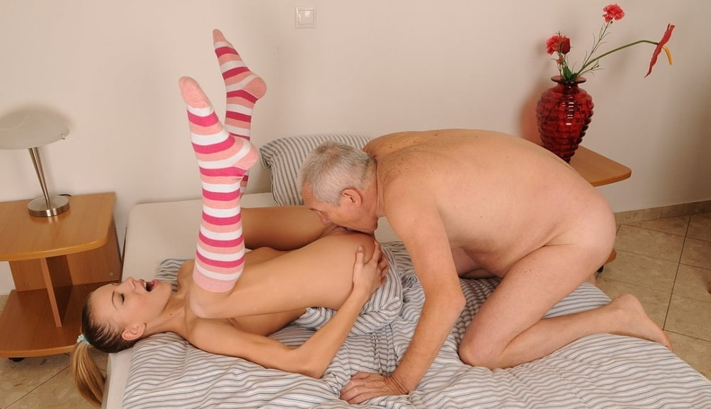 My grandfather caught my granddaughter masturbating and fucked her in the shower