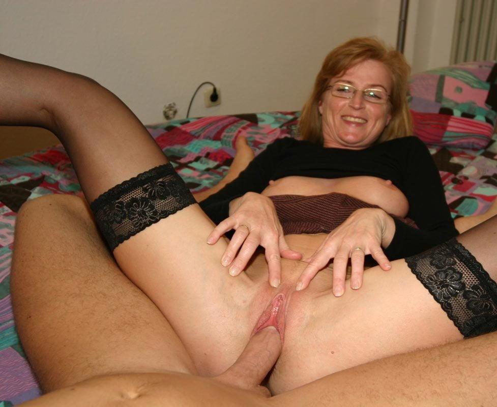 Free german girl nude pussy