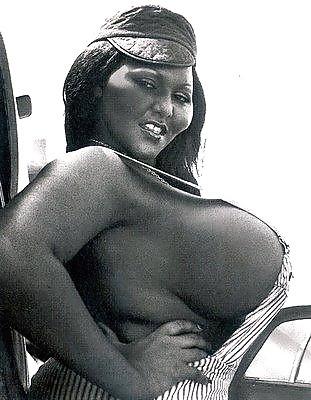 nackt Mack June June Mack