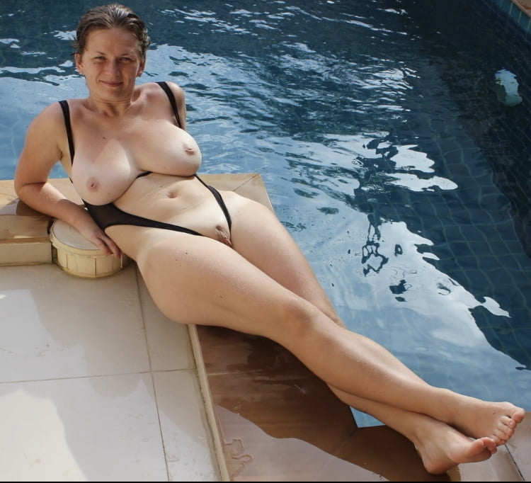 Thick Beauties 106 - 100 Pics