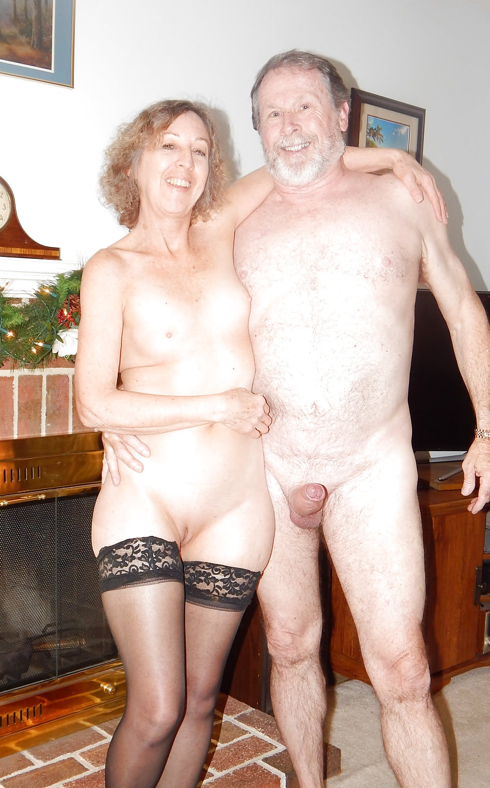 sexy-senior-couples