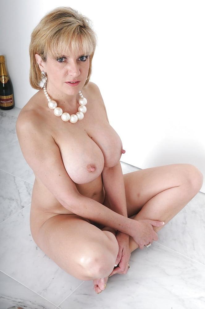Lady sonia pornstar bio, pics