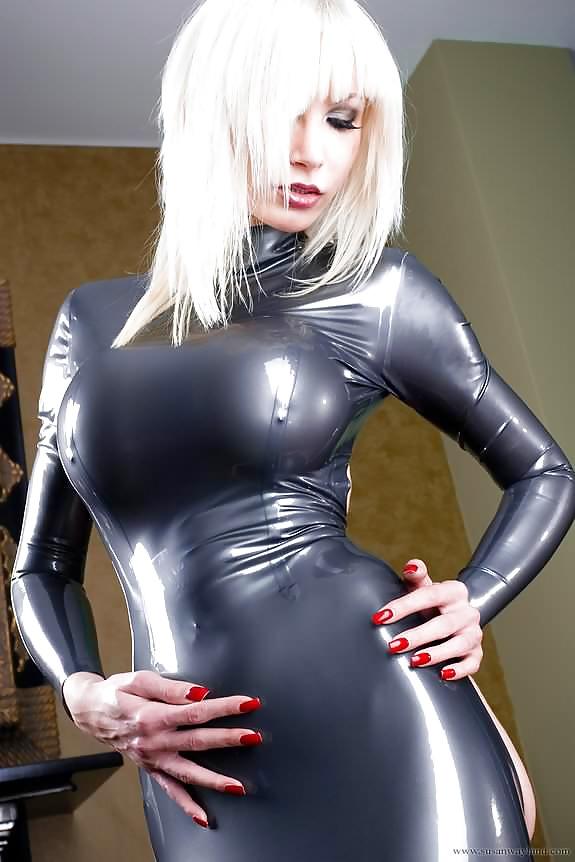 Tight Pussy Massive Cock