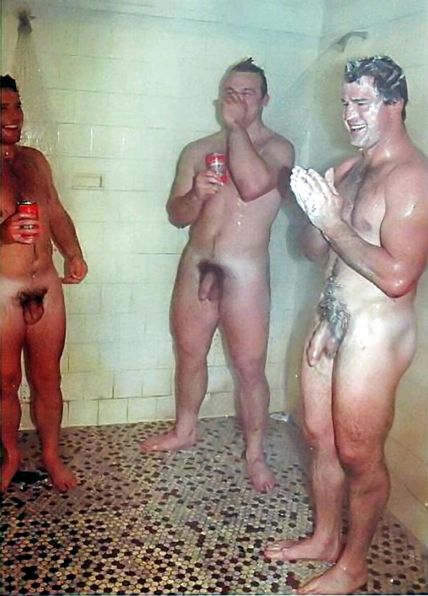 naked-shower-lads