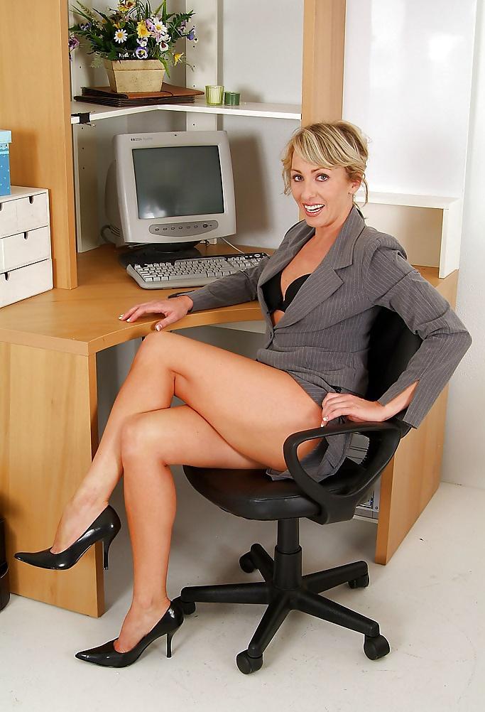 delovie-milfi-erotika-foto