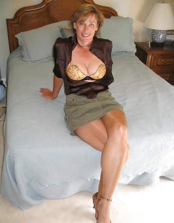 sexy amateur matures