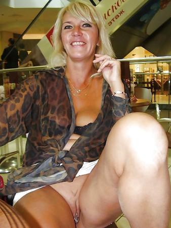 Nackt reif Pamela Reif