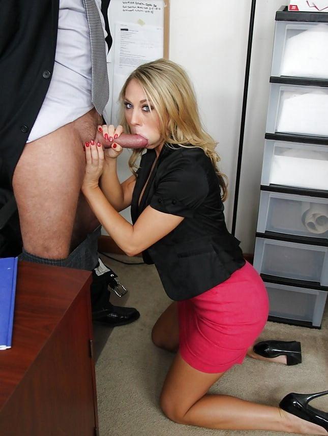 молодости сравнится красивые девушки в юбках делают минет в офисе корпоративы пойду
