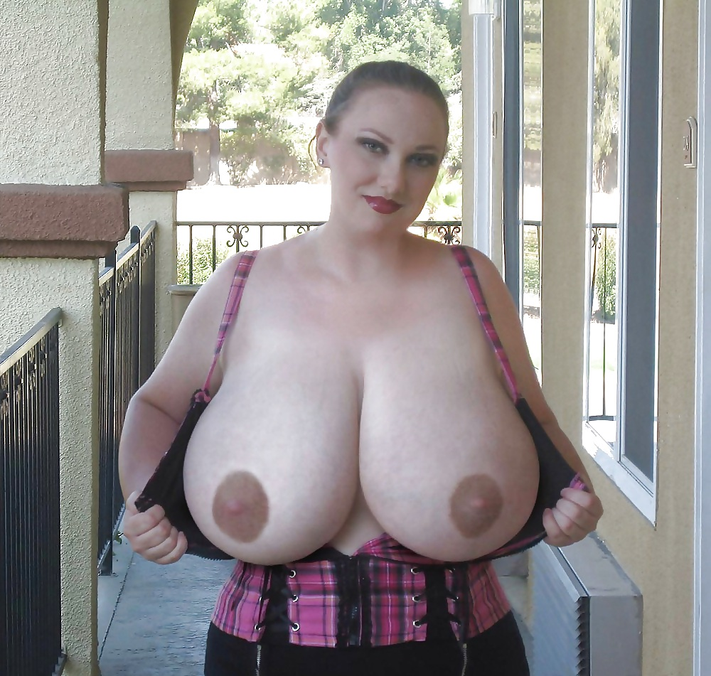 giant-huge-tits-mature-bbw-something-about-mary-old-tits