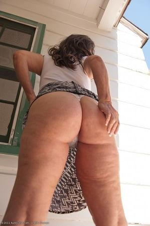 Saggy Ass