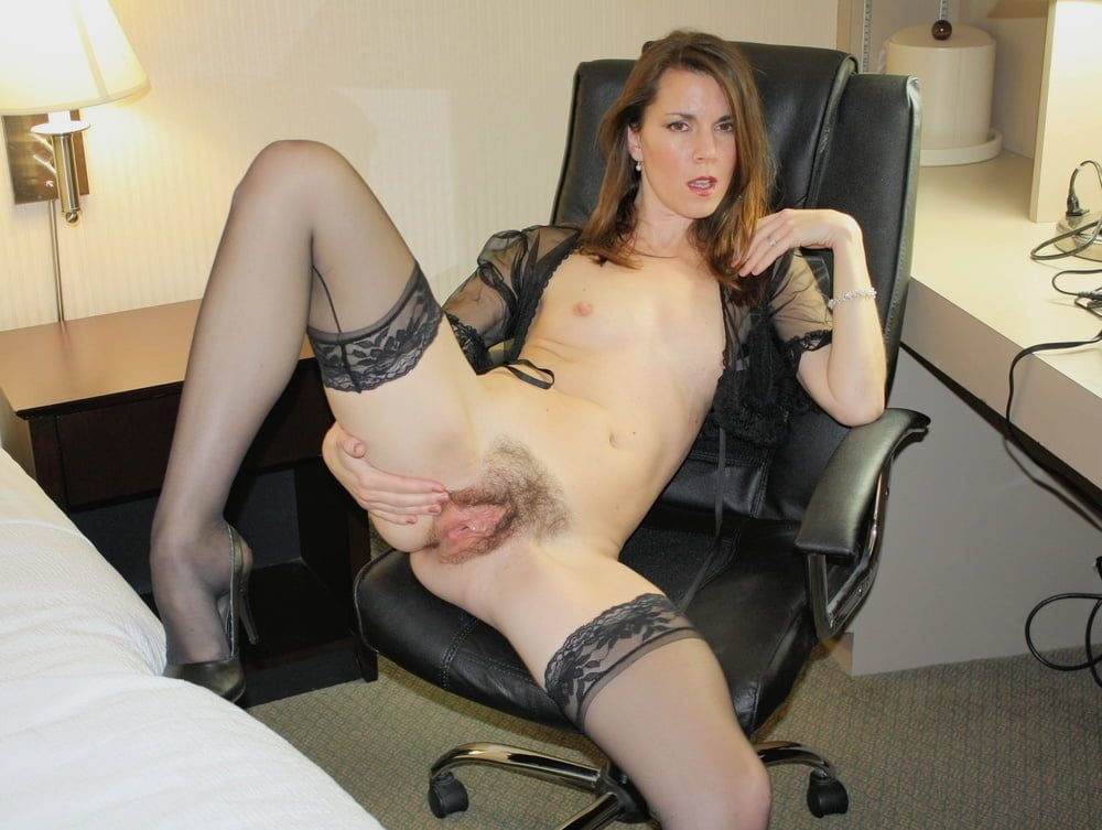 Bottom slave wife