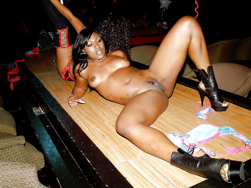 top-black-ebony-strippers-like-anal