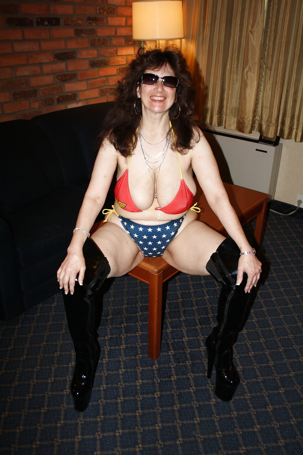 How old is wonder woman