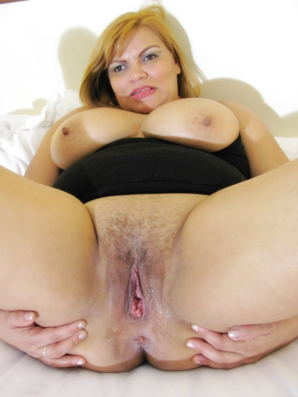 Mature chubby moms pussy next door — 12