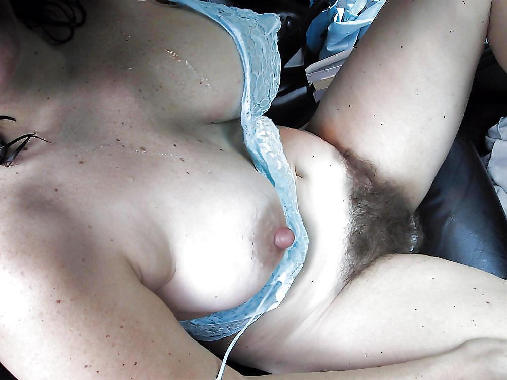 Фото волосатые лобки в сперме бабы