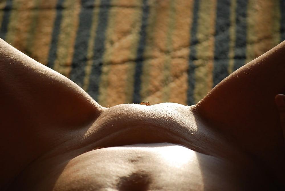 голые девки с выпуклым лобком в контакте материалы сайте