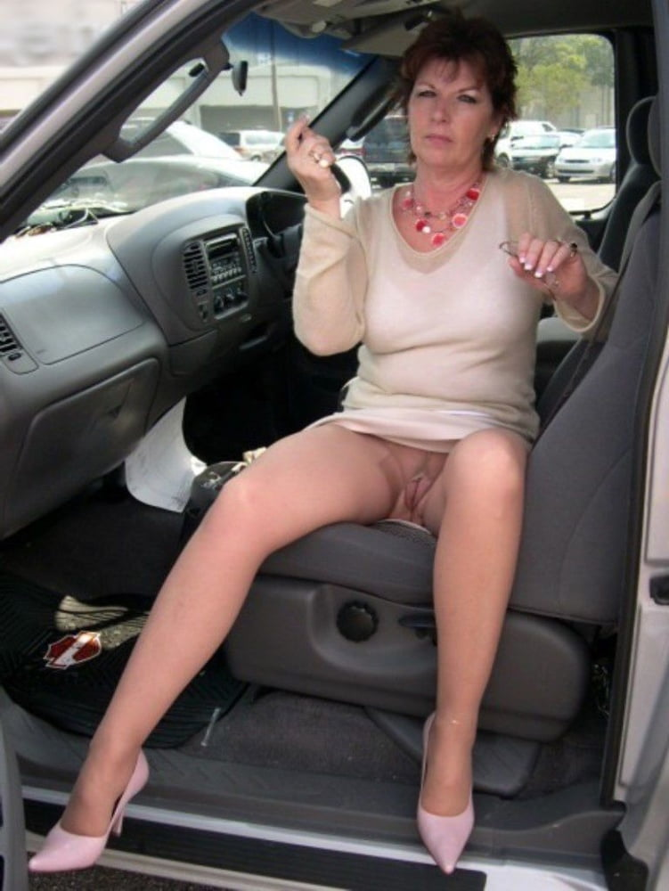 Versaute Grossmutter Sexmaschine Femdom