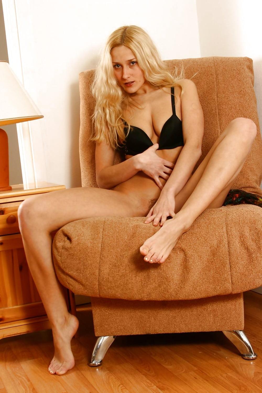 Blonde masturbation movies 13
