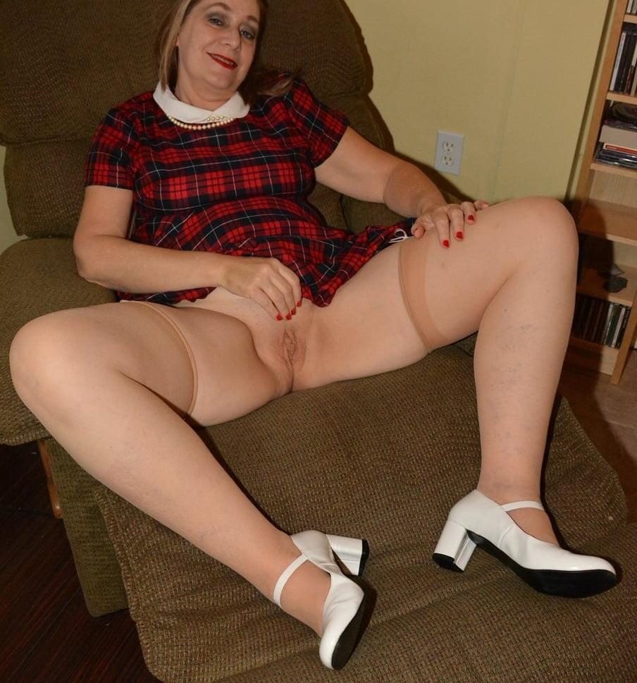 Sexy Stockings GILF - 34 Pics