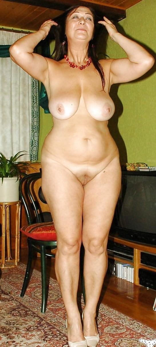 фото голых возрасте полных баб