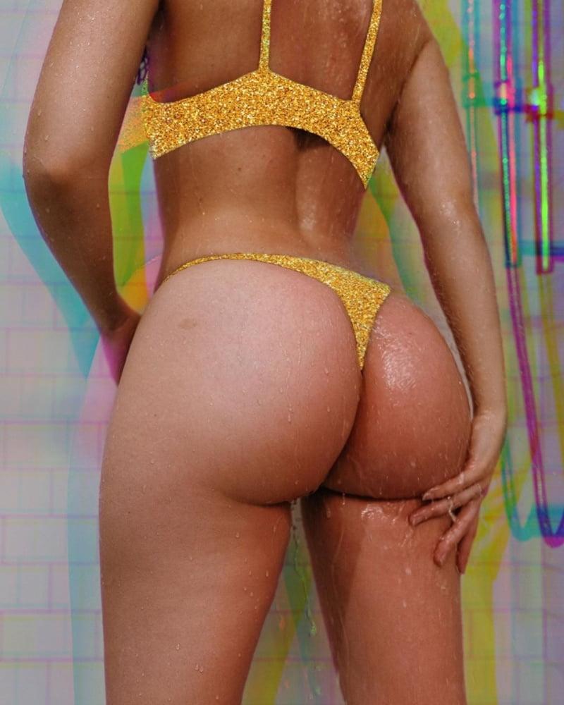 Juicy Peach - 13 Pics