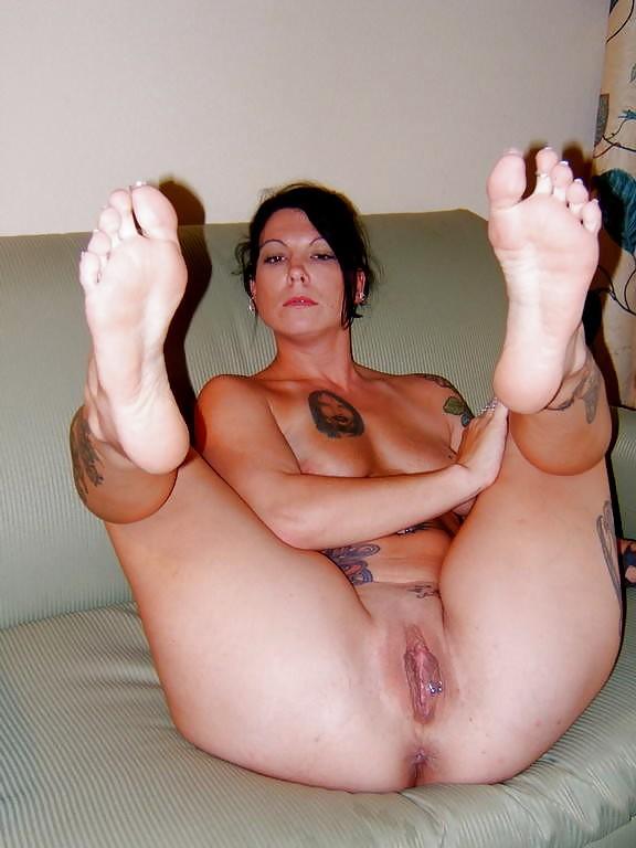 Actress sex milf naked feet lazy town free