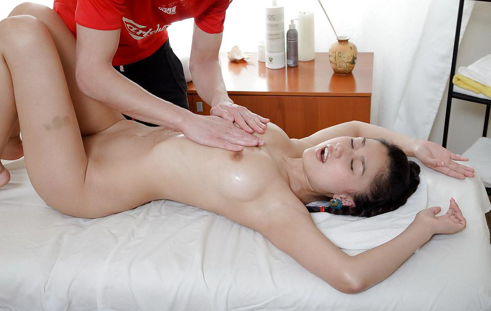 Amateur massage and fuck video