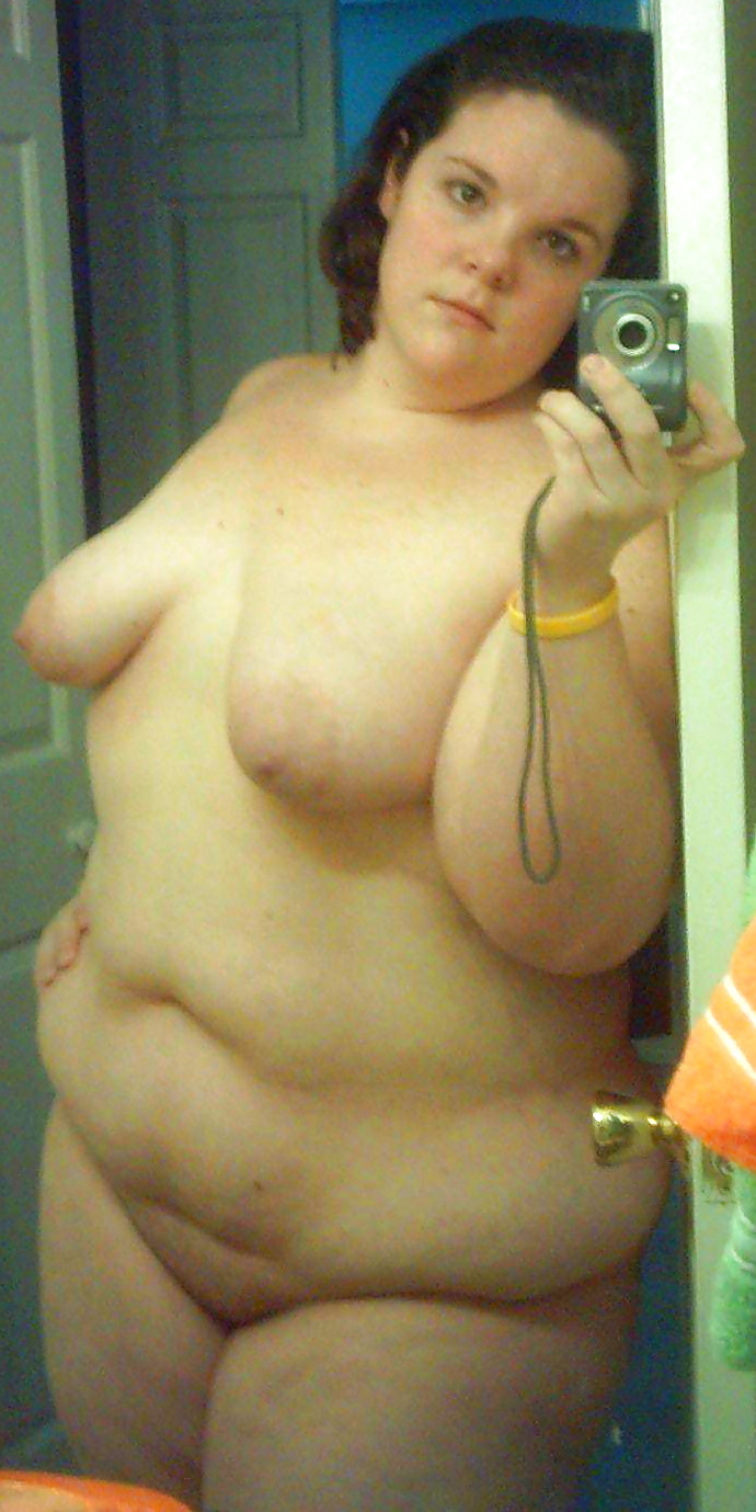 Fat chicks naked self pictures