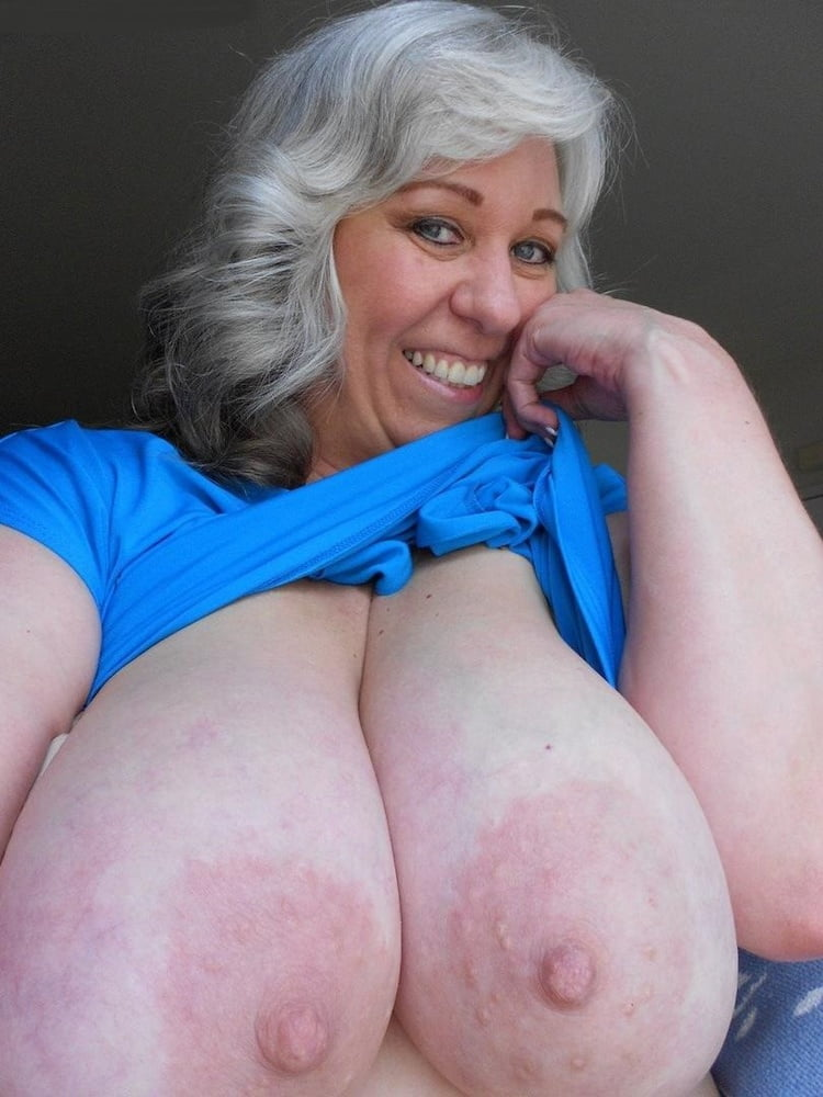 Featured Granny Big Tits Porn Pics