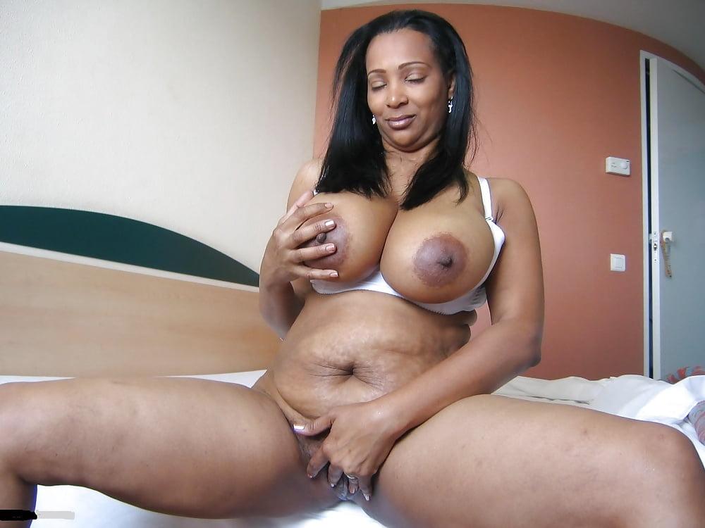 Mature ebony shows her big tits on cam final mistress ebony bigboobs cum squirt