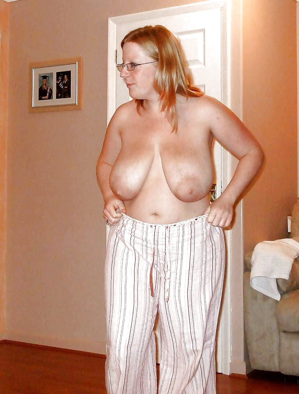 Mature saggy wife — pic 15