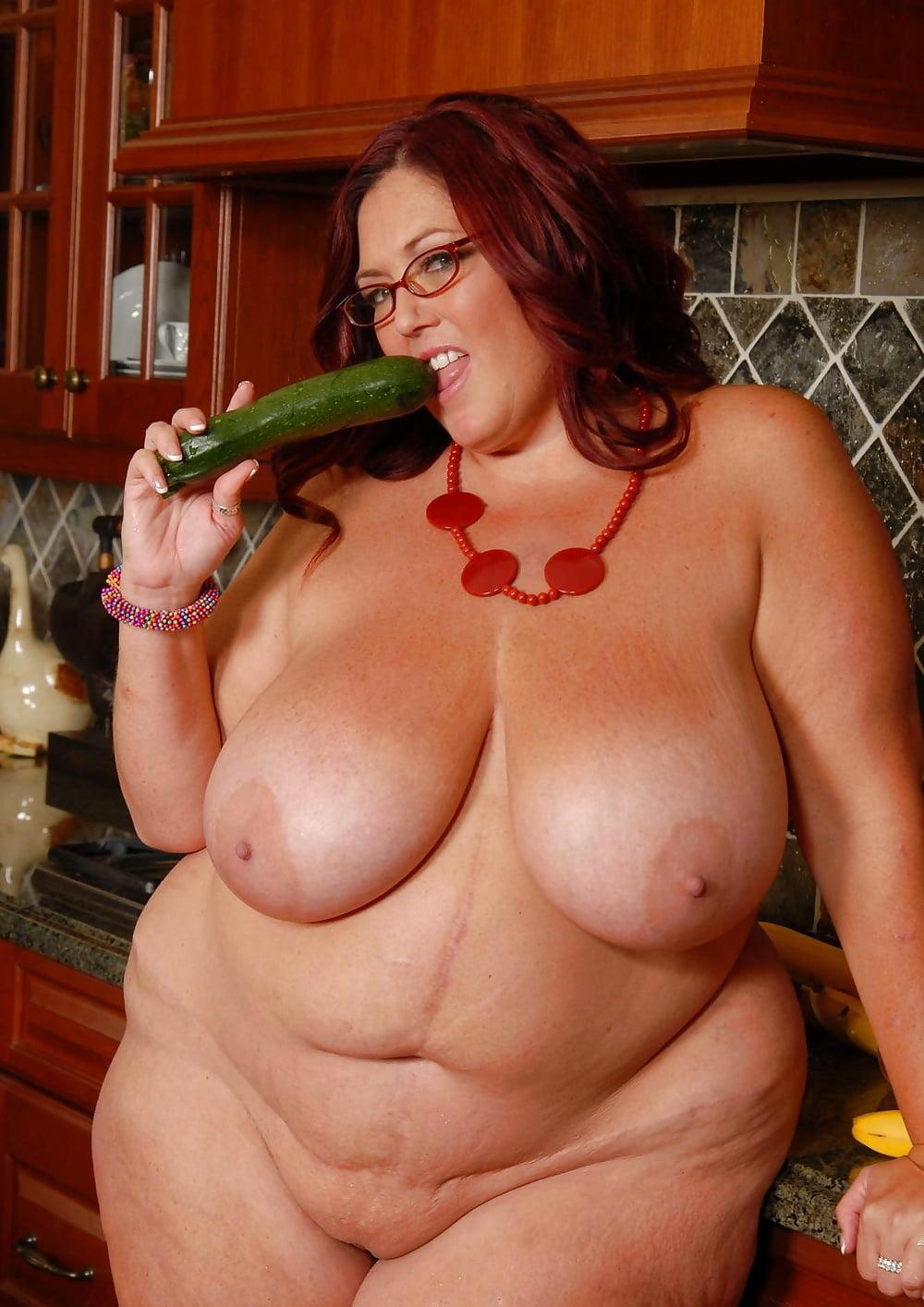 fucks-arab-peaches-larue-porn-actress