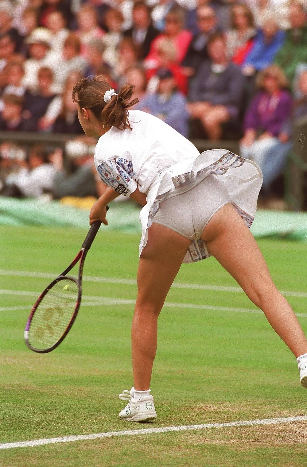 Tennis skirt no panties