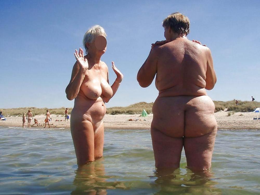 nude-grannies-on-the-beach