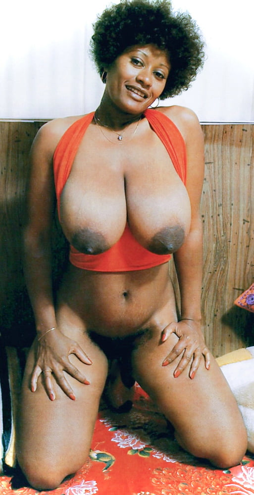 _Sexy_Belly_Buttons_ - 17 Pics