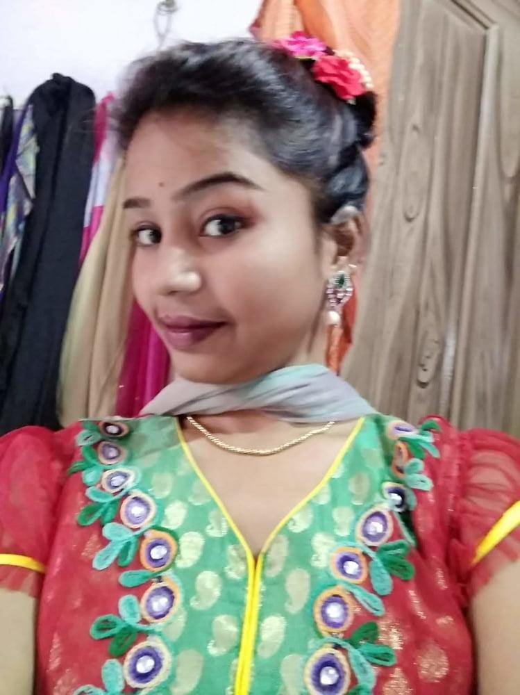 Ritu choudhary ara - 11 Pics