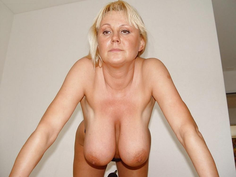 Фото отвисшие груди зрелых женщин, онлайн порно фото больших красивых бразильских женских попок