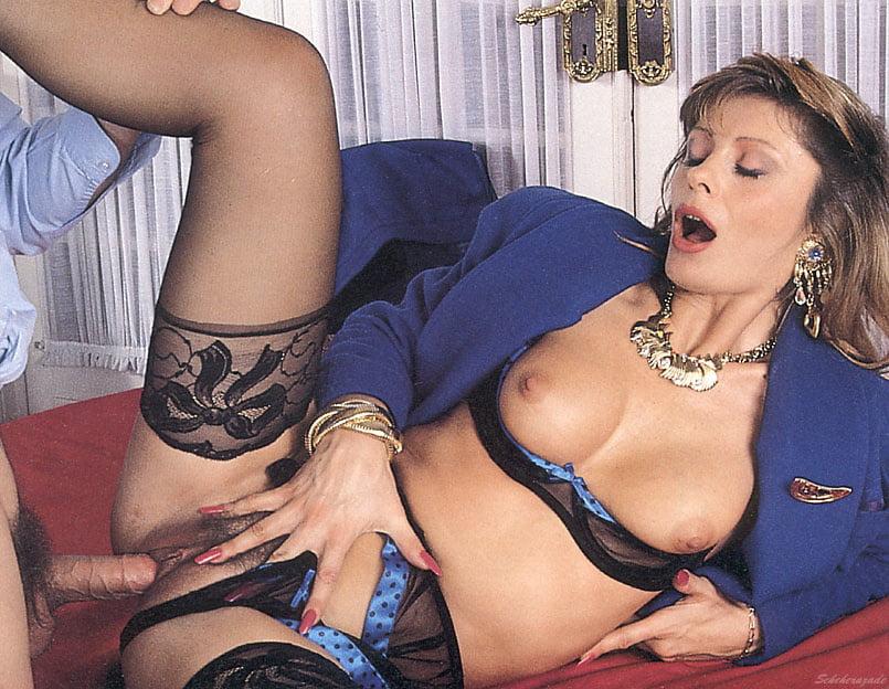 laura-bozo-porn-video-sexy-reality-shows