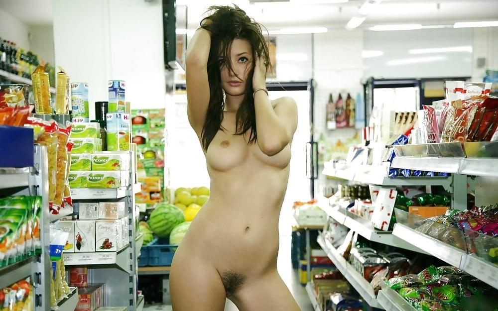 картинки как девушки раздеваются в магазине