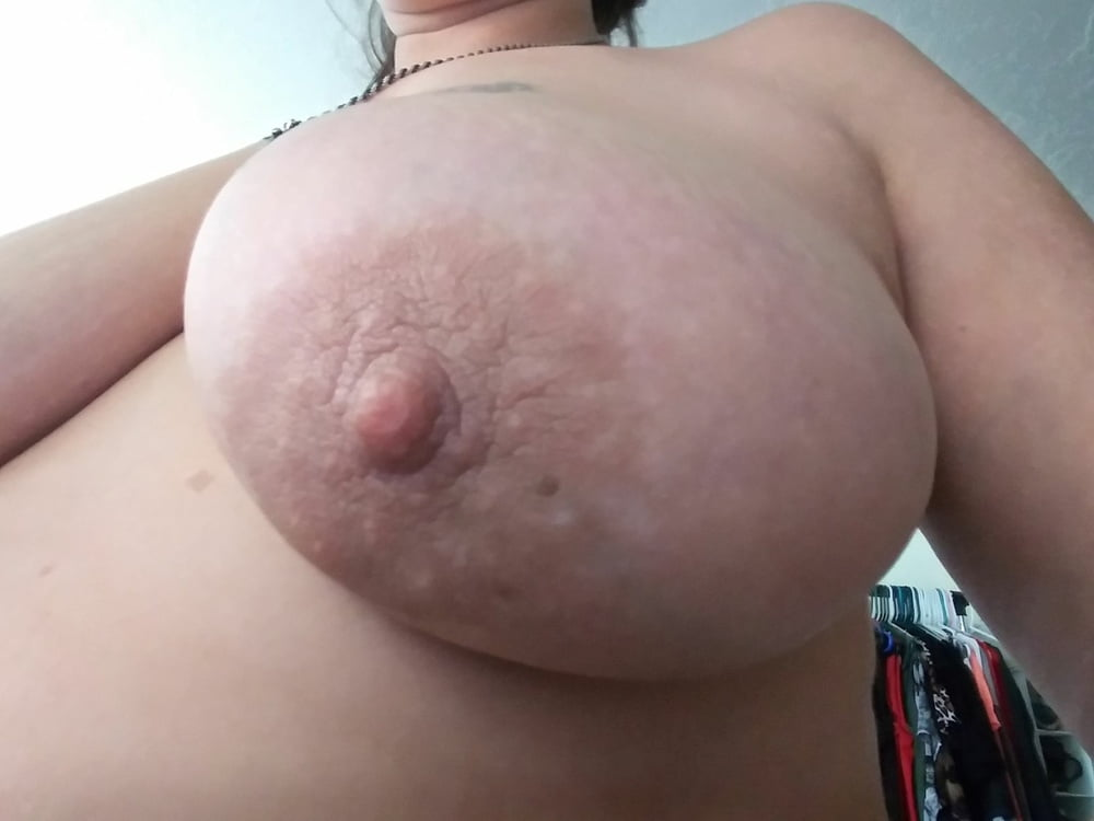 Flashing boobs pictures