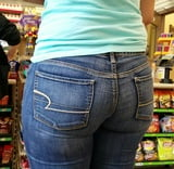 Big butt in jeans with vpl