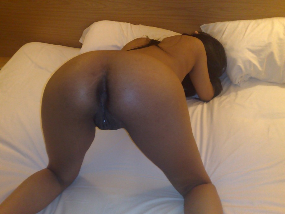 sexy-black-women-bent-over-nude