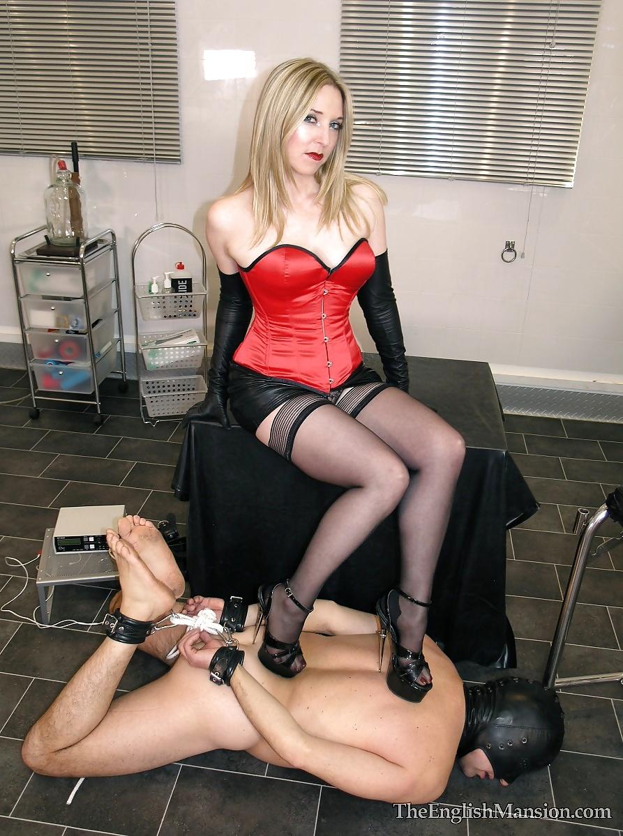 school-bdsm-mistress-chat-room-photes-girls-women