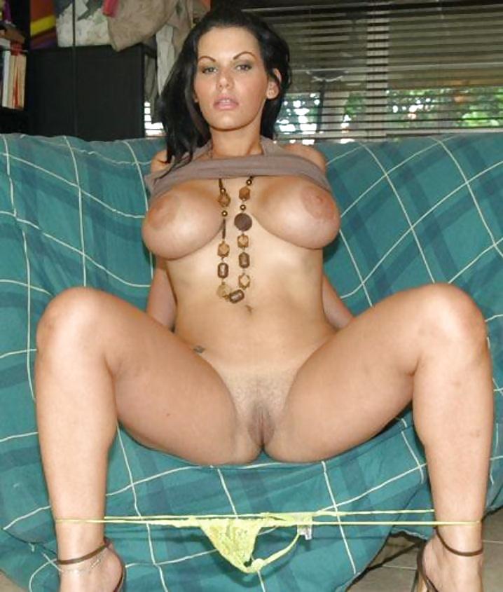 Фото порно звезды локхарт, пухлая задница фото