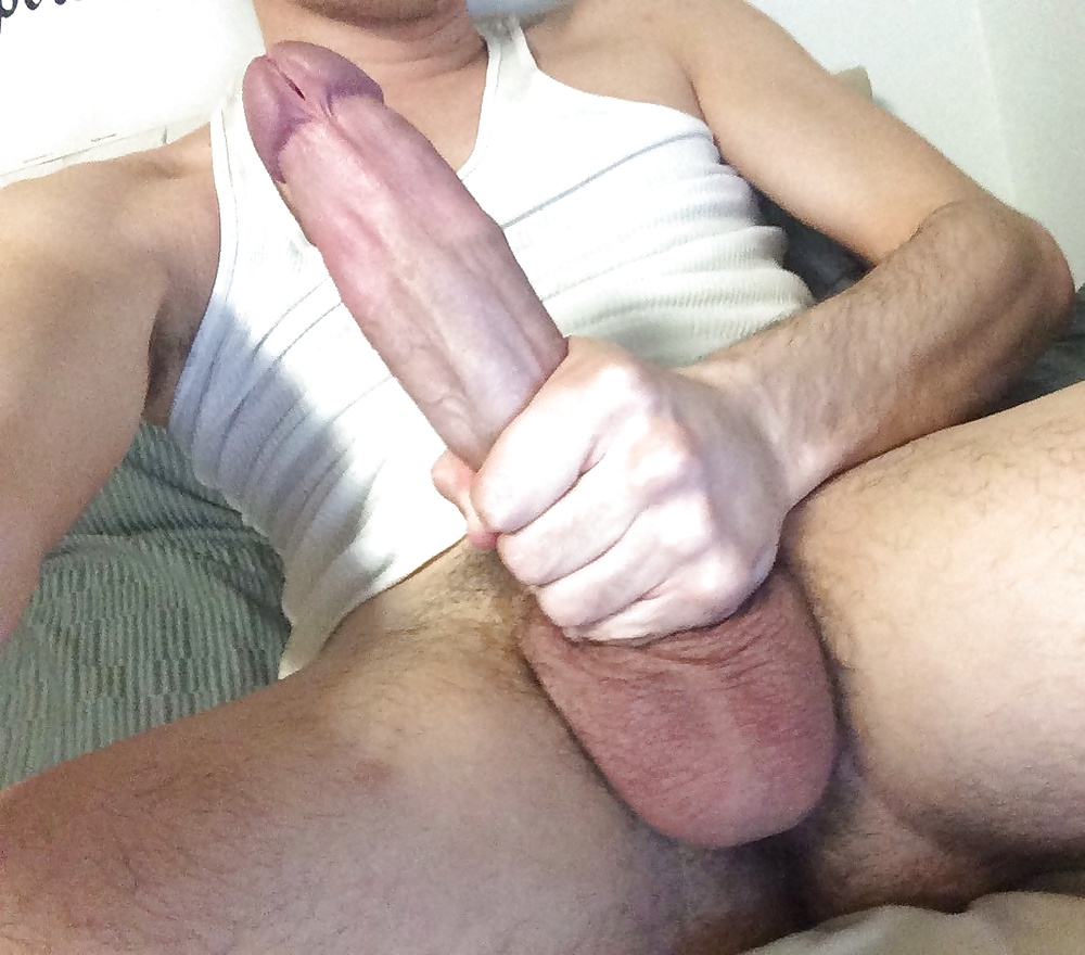 Mar 24, 2014. This dick is so big, TOO big, even for people who love a nice big dick.