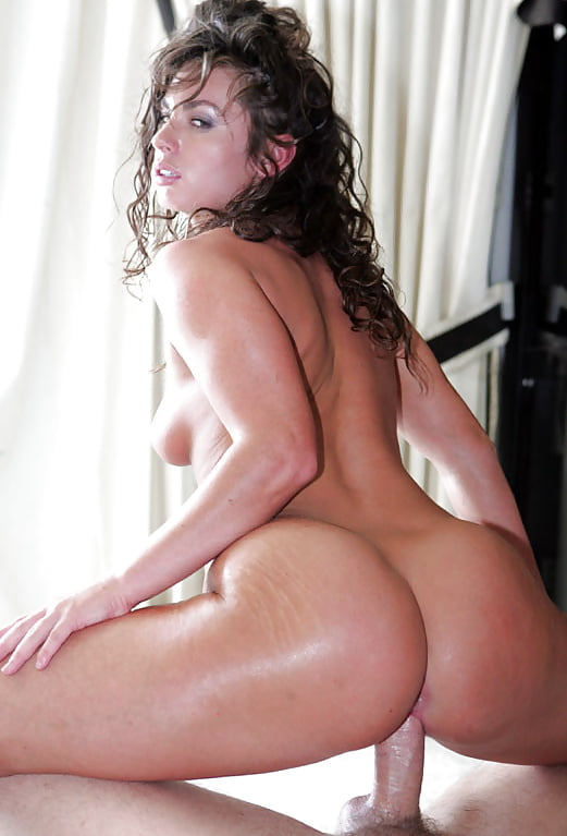 Nude pic of naomi russell — pic 1